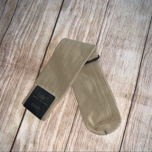Brooks Brothers 346 one size socks new